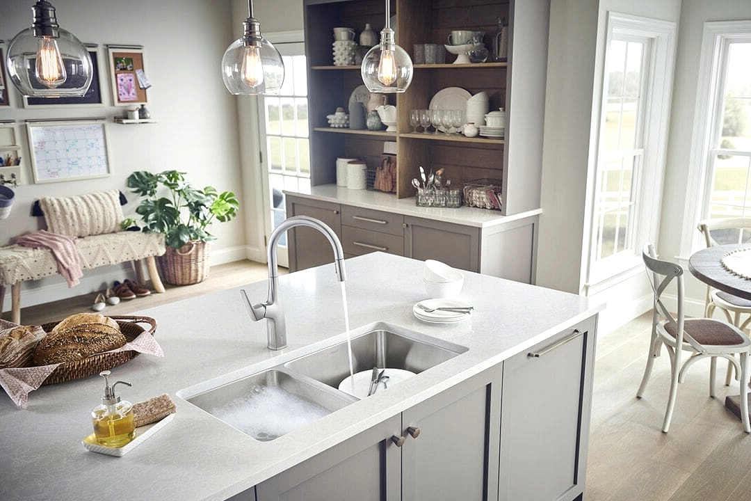 Choose a Large, Double Basin Stainless Steel Sink