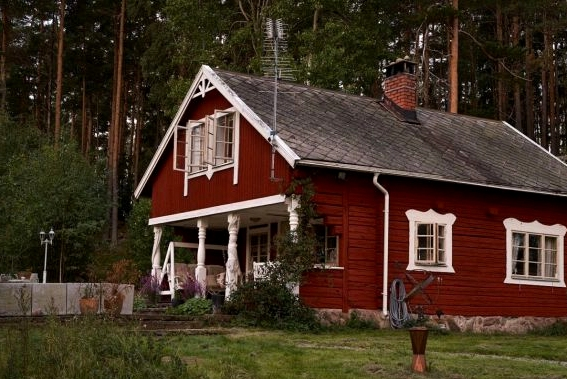 Scandinavian Cabin Interiors