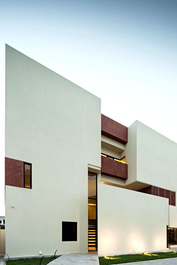 Box House II by Massive Order in Kuwait