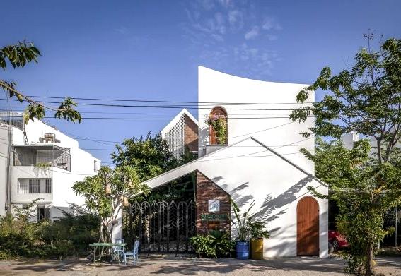 Wind's Home by Inexperienced Idea & Nha Cua Gio in Da Nang, Vietnam