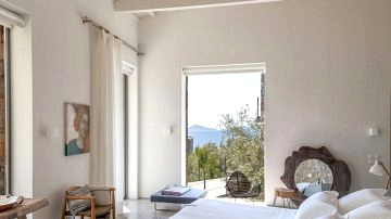 Villa in an olive grove with personal entry to the ocean on the Greek island of Alonissos