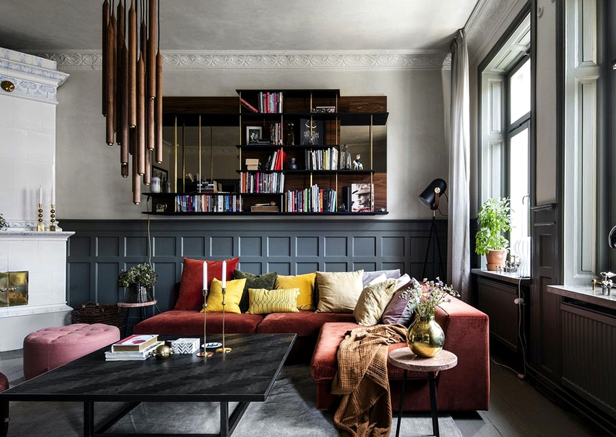 Wealthy colours and trendy designer furnishings: fashionable condominium with traditional detauks in Stockholm