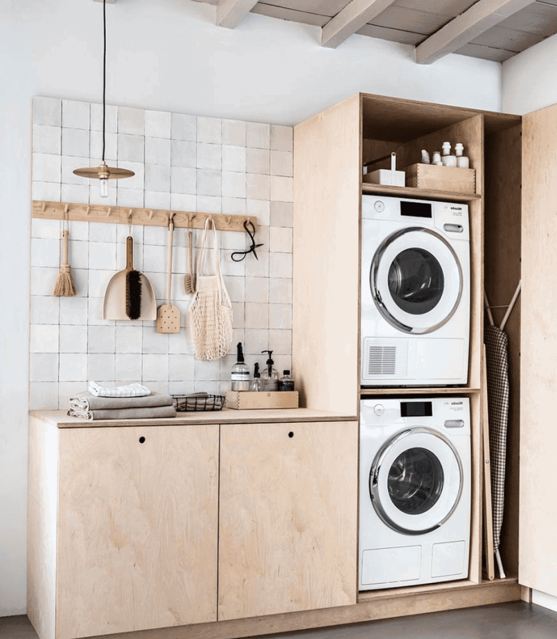 Take the chore out of laundry day with these laundry room organization tips!