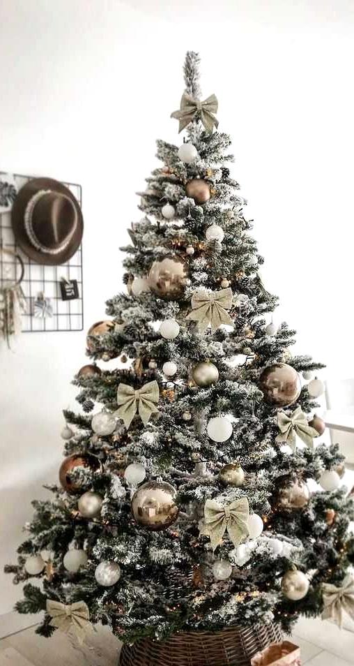 The Best Christmas Trees Seen on Pinterest for Inspiration