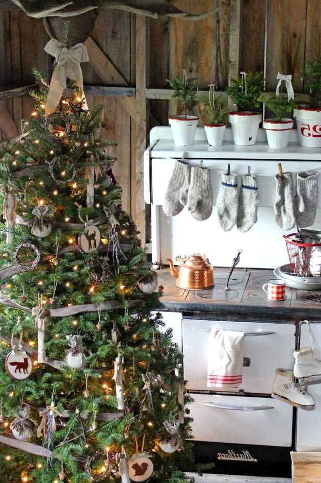 The Greatest Christmas Bushes Seen on Pinterest for Inspiration
