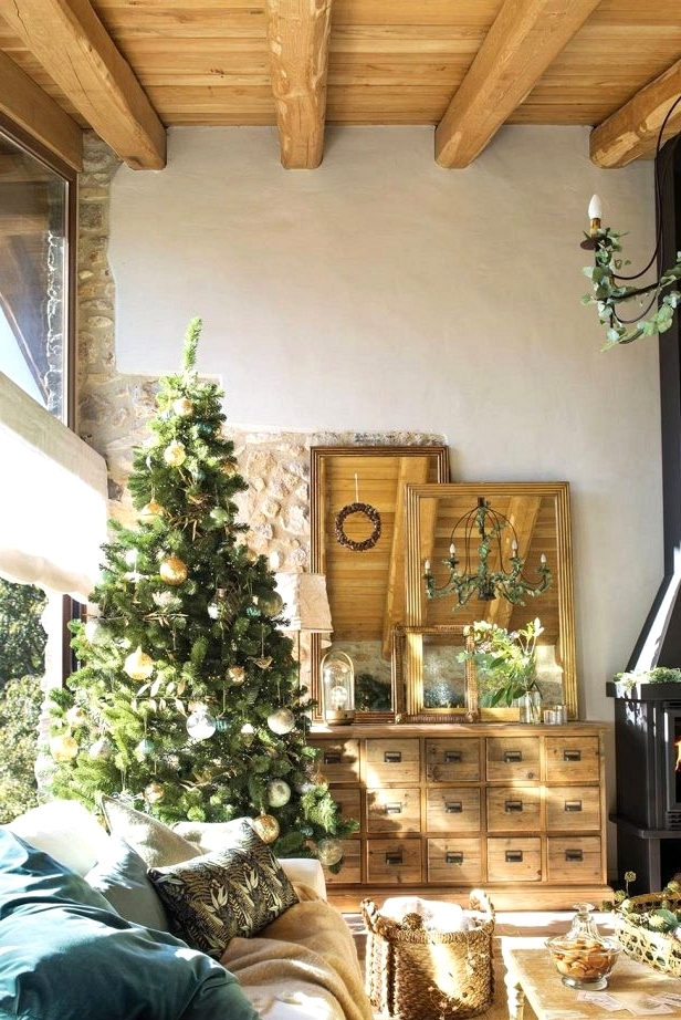 The Christmas Decorations of These Homes Will Make Your Coronary heart Soften