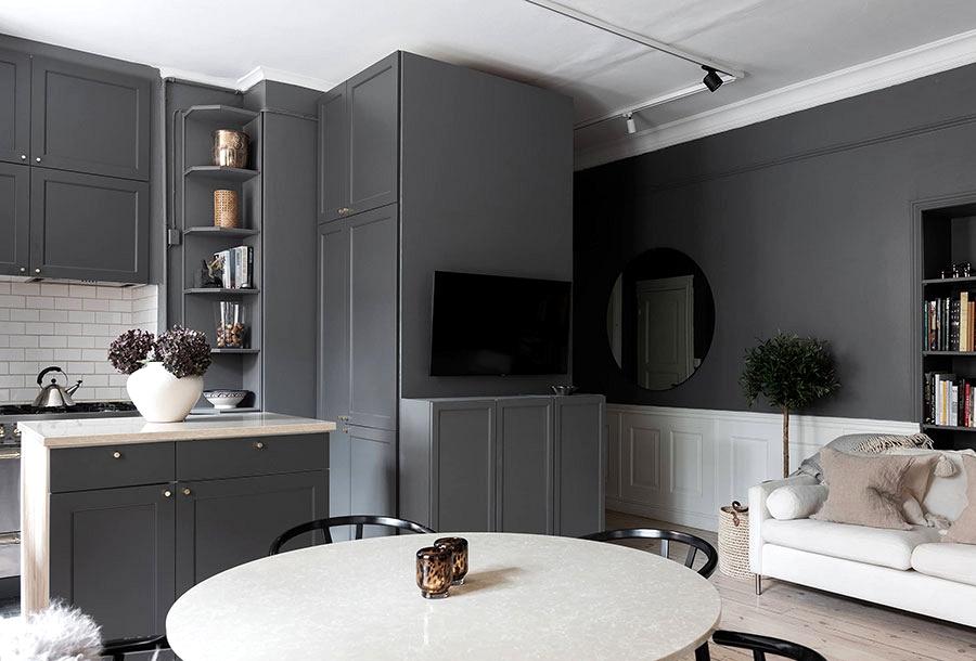 Mushy shade contrasts in design of a small Swedish condo (53 sqm)