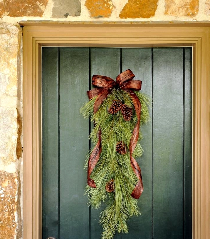 15 Magical Winter Wreath Designs To Hang After Christmas