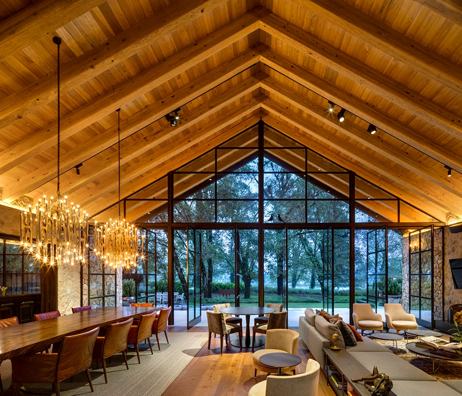 Giant home windows and many wooden: trendy weekend getaway in Mexico