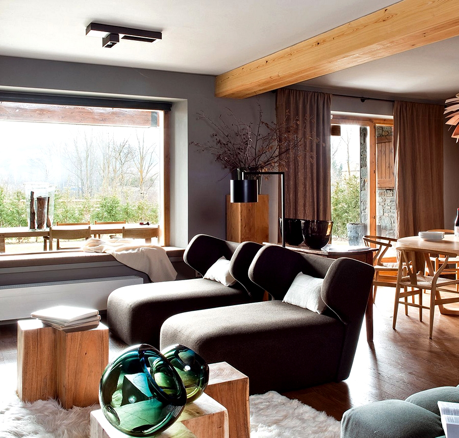 Fashionable tackle mountain chalet design in Spain