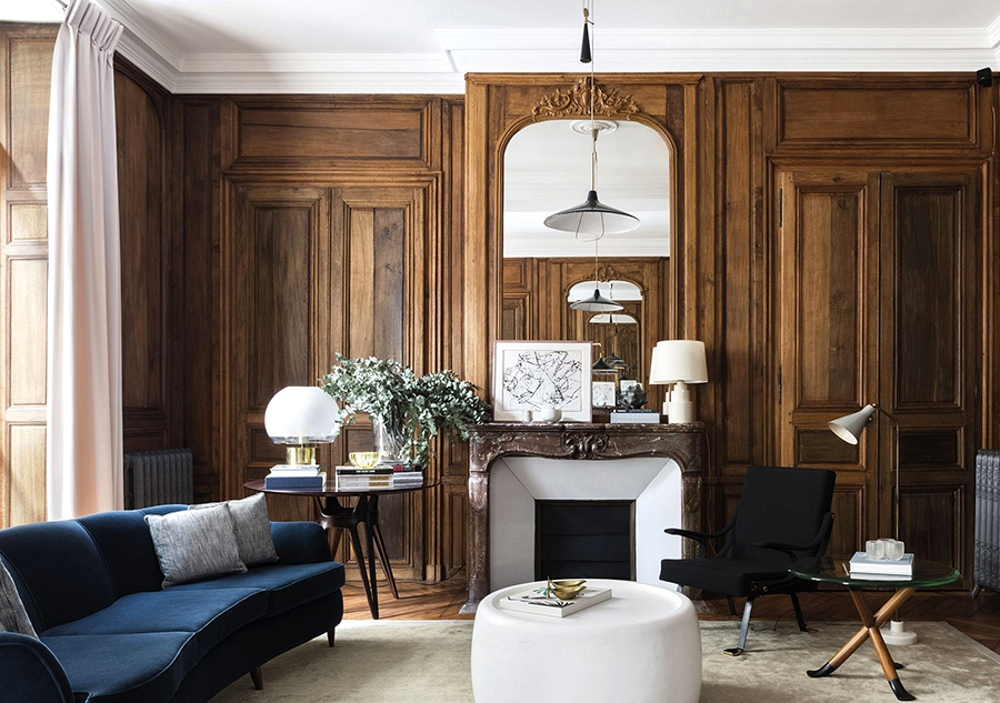 Timeless classics: stunning condo with picket panels in Paris