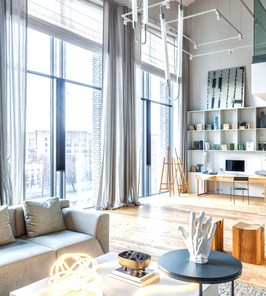 Vivid three-level condo for an artist in Moscow