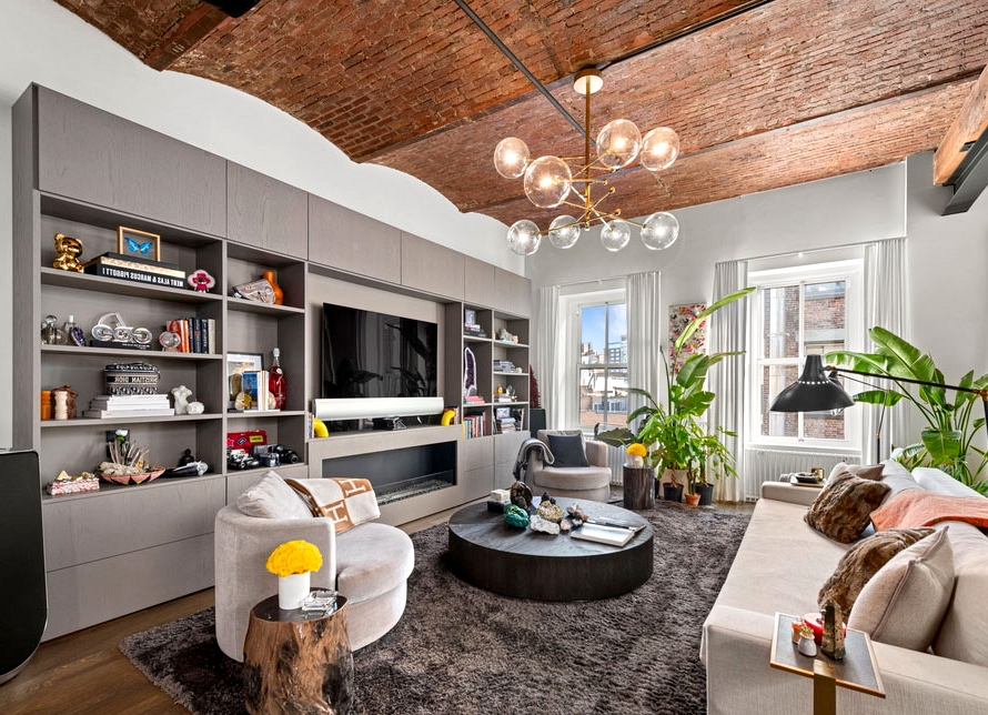 Bella Hadid's spectacular New York penthouse that's up on the market