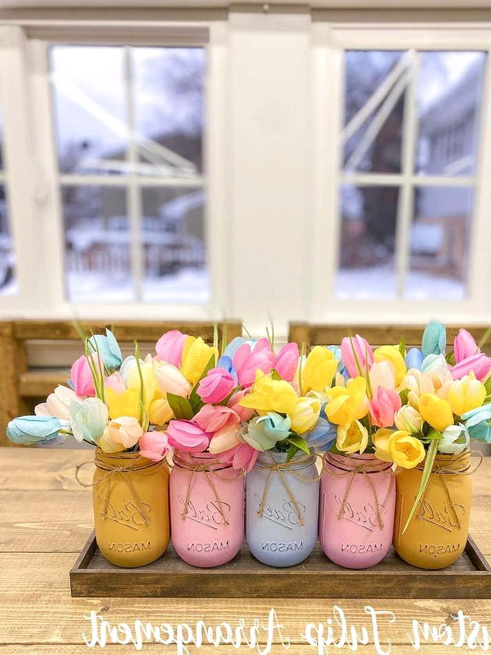 16 Refreshing Spring Centerpiece Designs You Will Want On Your Table