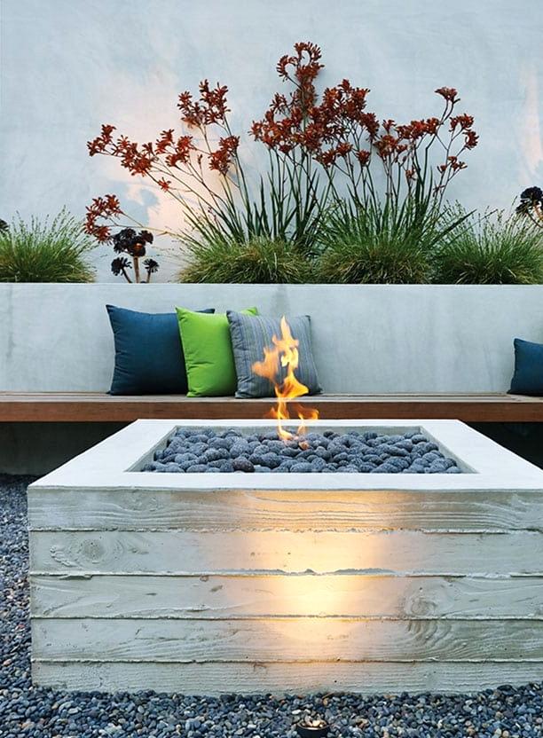 budget friendly DIY concrete fire pit idea