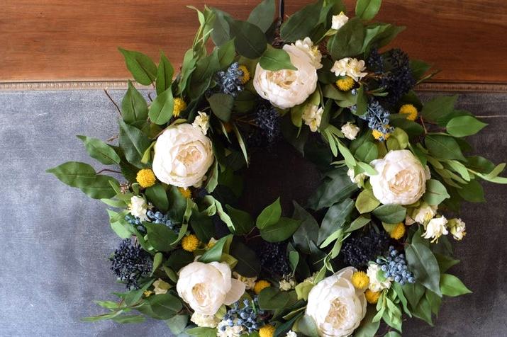 16 Enchanting Housewarming Wreath Gift Ideas