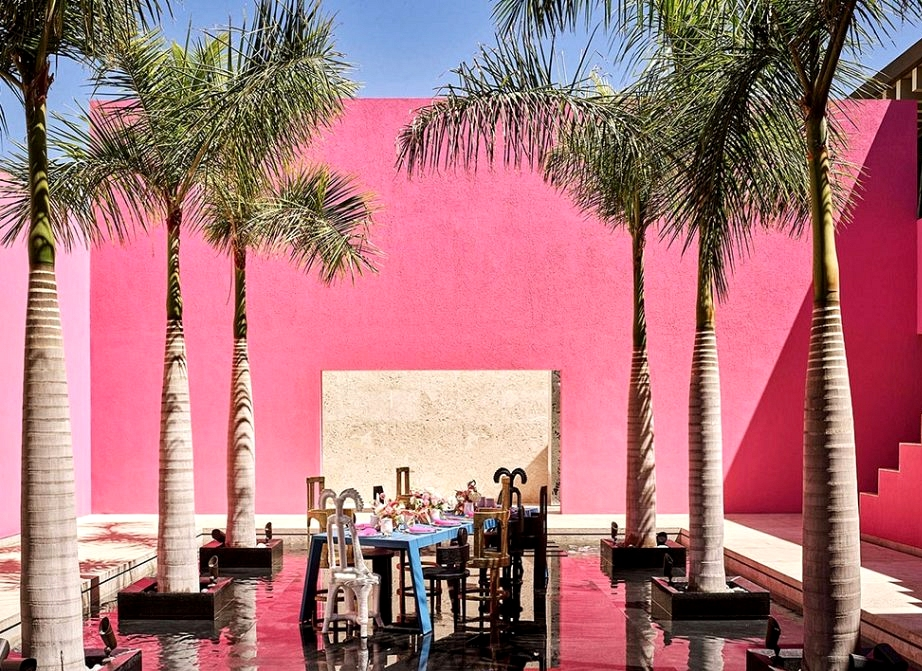 Palms, pink and the ocean: beachfront villa in Mexico