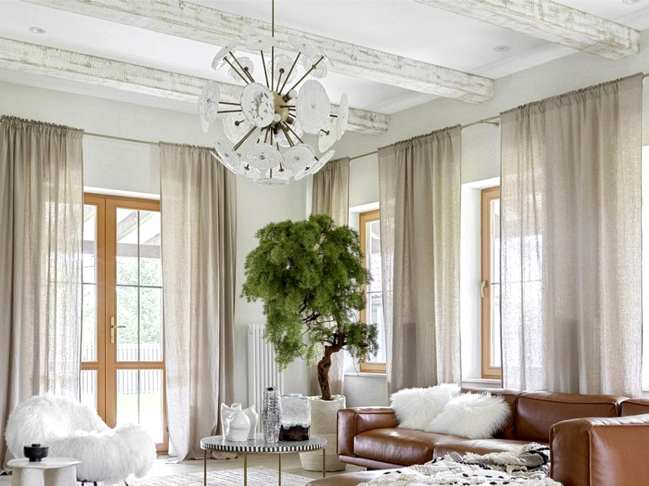 Tender milky shades and chic furnishings: Moscow home with a vacation temper