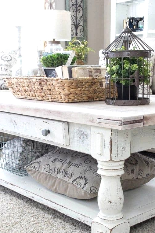 A Shabby Chic Coffee Table