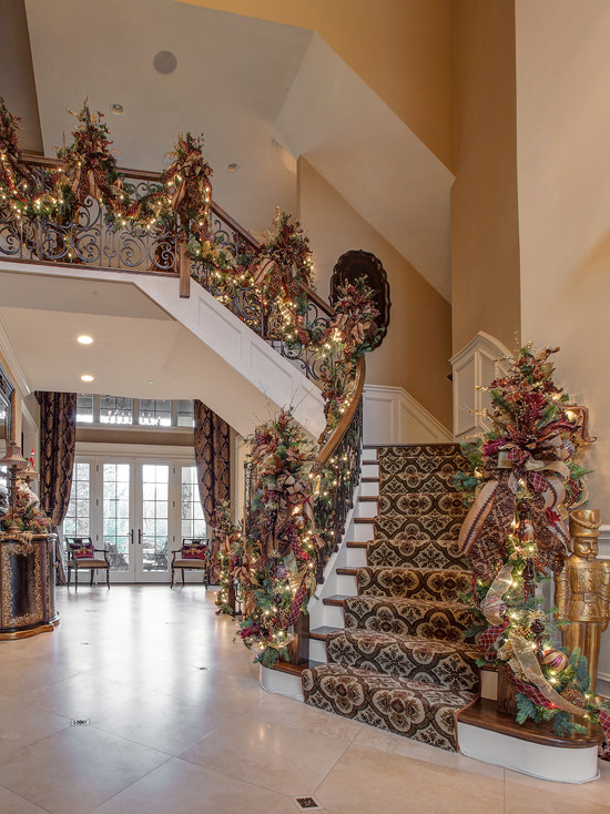 Christmas Design idea for Staircase