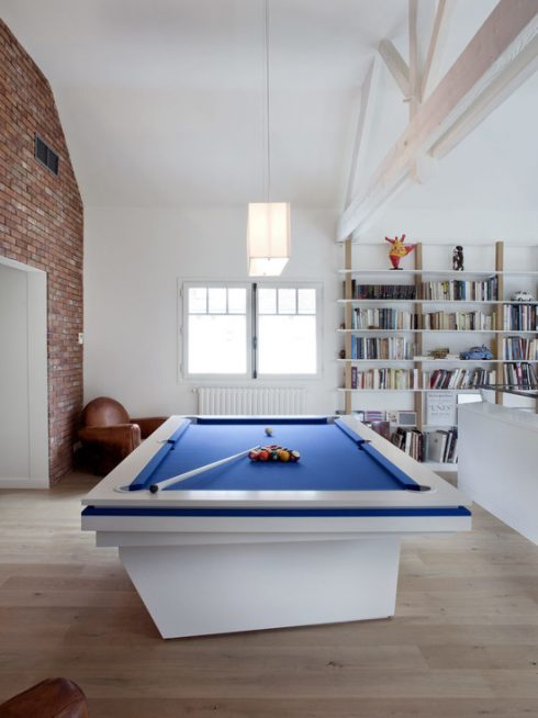 Modern & Clean Pool Table Room