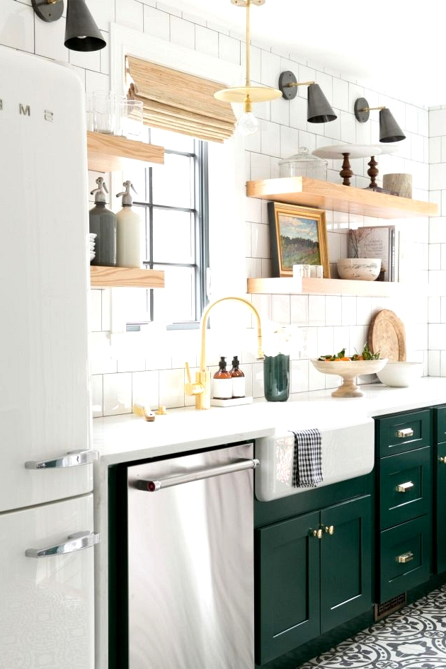 If you want to pull of a two toned kitchen it is important to use two colors that are complementary, yet contrasting. Your kitchen won